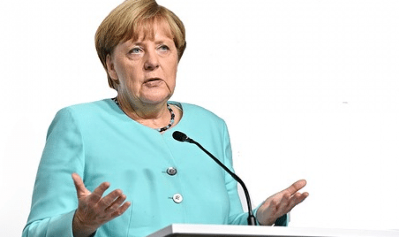 movimiento-inteliente-angela-merkel